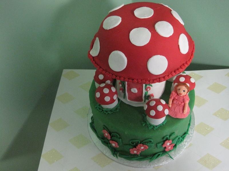 Mushroom House Cake.